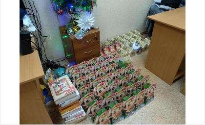 Сладких подарков хватило для 350 больных детей