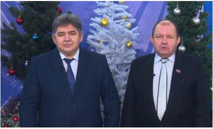 Глава Бердска Евгений Шестернин и спикер горсовета депутатов Валерий Бадьин