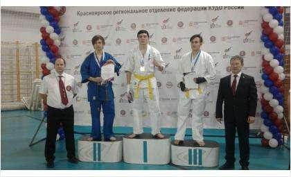 Бойцы клуба «Хаттори» из Бердска заняли призовые места в Красноярске