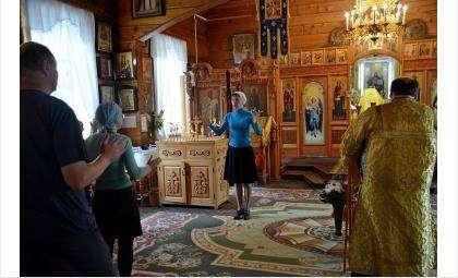 В храмах Новосибирской Епархии проводятся богослужения с сурдопереводом