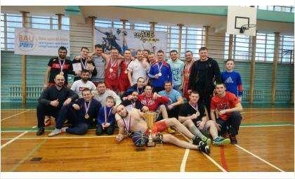 Победили в областном турнире регболисты из Бердска