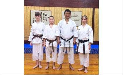 Техникой каратэ с бердчанами поделился знаменитый спортсмен Олег Цой