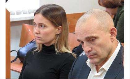 Сергей Проценко и Екатерина Песляк находятся под домашним арестом
