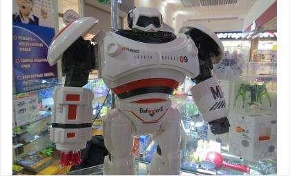 Робот, который стреляет ракетами и выполняет команды!