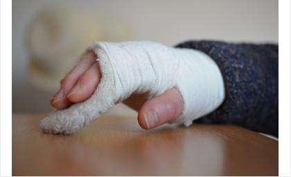 Сложный перелом бердчанке пришлось долго лечить