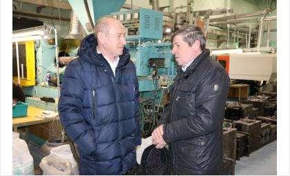 Леонид Клигерман (на фото слева) на БЭМЗе