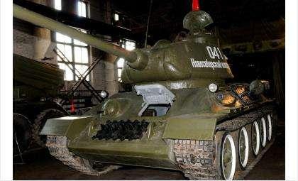 Легендарный танк Т-34 готов к параду Победы в Новосибирске