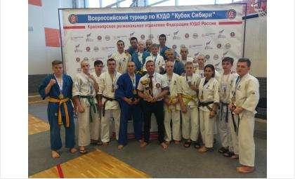 Бойцы из Бердска победили на кубке Сибири по кудо в составе сборной региона