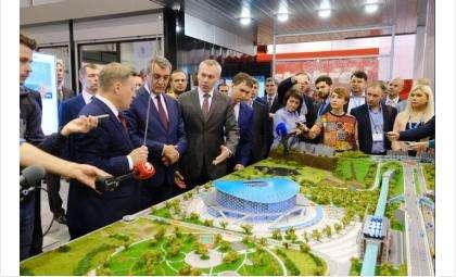 Губернатор открыл VIII Международный Сибирский транспортный форум в Новосибирске
