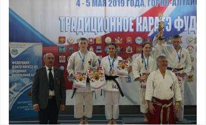 43 медали привезли каратисты г.Бердска с чемпионата России по Фудокан Каратэ-До