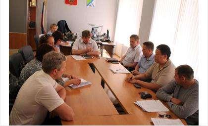Мэр Бердска Евгений Шестернин провел совещание по вопросу приема платы за ЖХК