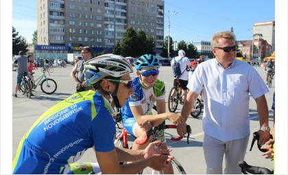 650 человек участвовали в 10-м старте «ВелоБердск-2019»