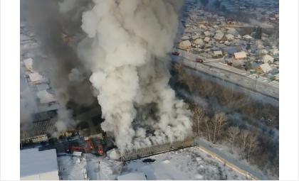 На обувной фабрике под Искитимом произошёл один из самых смертоносных пожаров региона