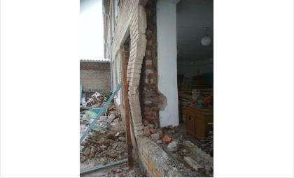 В обрушении школы в Купино обвинили директора подрядной организации