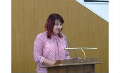 Начальник отдела культуры Оксана Мокриенко подвела итоги Дня города