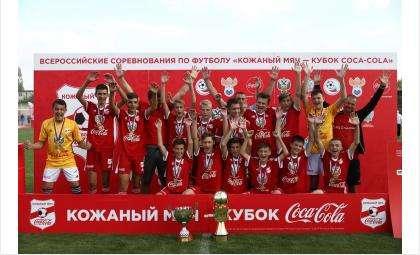 Футбольная команда «Кристалл СШ Бердск» - чемпион России!