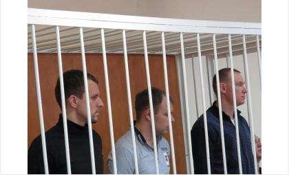 Фигуранты уголовного дела снова на скамье подсудимых