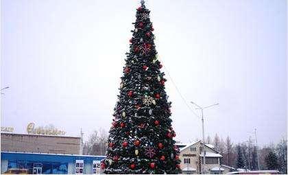 В нынешнем году на городской площади елка пока не установлена