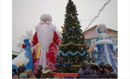 Ёлка в Новом поселке Бердска открыта 21 декабря