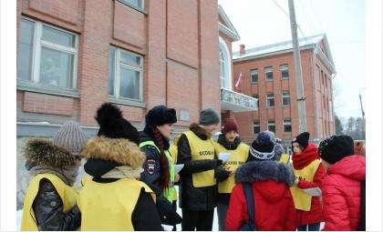 Искитимская ГИБДД участвовала в акции #ЛайкПешеходу