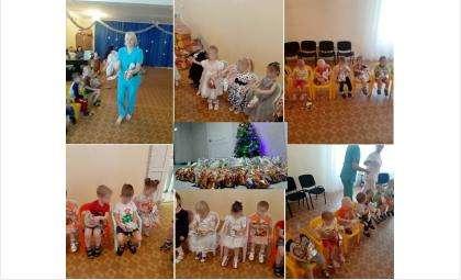 Новогодний утренник для больных детей состоялся