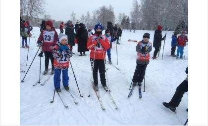 Школьники Бердска на лыжах соревновались за призы «Пионерской правды»