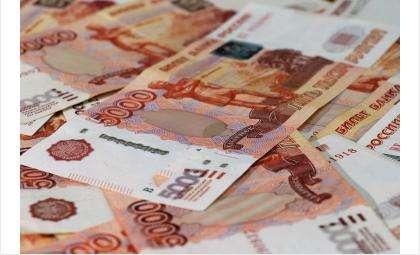Фальшивые 5-тысячные заполонили рынки и АЗС в Новосибирской области
