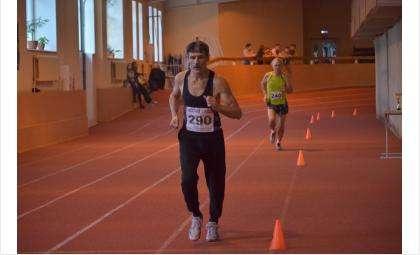Владимир Баклан из Бердска - серебряный призер первенства Новосибирска в беге