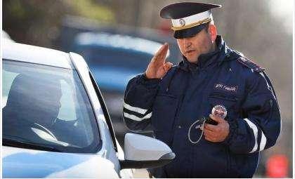 Дорожные полицейские поймали угонщика