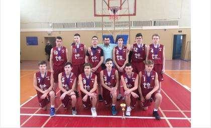 «Серебро» турнира памяти А.И.Воронина получили баскетболисты из Бердска