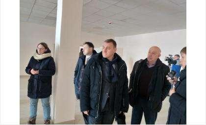 Комиссия работает в школе в Южном в Бердске