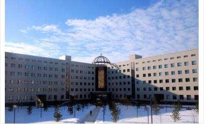 НГУ заявил, что выселять студентов из общежития не будут