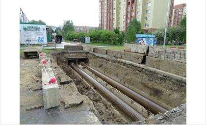 На ул. Лунной заменили 30 метров магистрального трубопровода