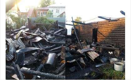 Дом выгорел полностью