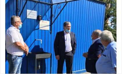 Депутат Заксобрания регионаАлександр Кулиничпобывал на станции водоподготовки