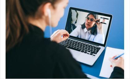 Со школой ученики простятся в онлайн-формате
