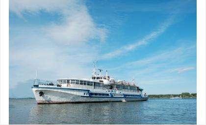 Приглашаем вас на водные прогулки, экскурсии и рейсы с шлюзованием!