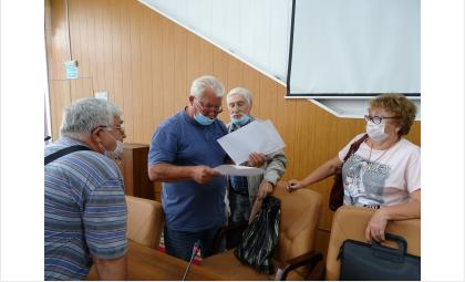 Члены рабочей группы изучили техзадание на строительство полигона