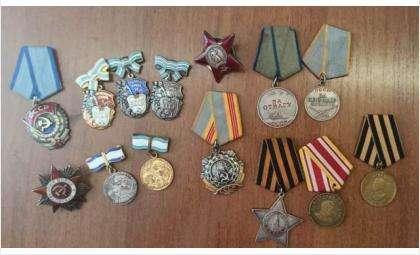 Сибиряк успел собрать приличную коллекцию настоящих медалей