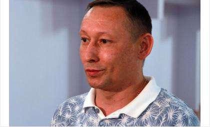 «Реконструкция спортзала проведена качественно», - отметил депутат Заксобрания области Евгений Подгорный