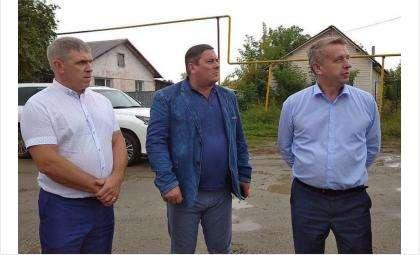 Глеб Поповцев посетил села вместе с главой Новосибирского района Андреем Михайловым