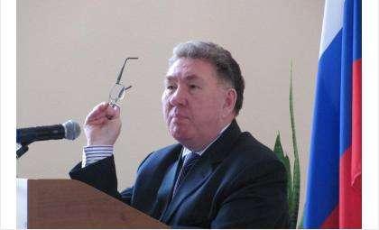 В региональном парламенте Геннадий Германович трудится уже 22 года