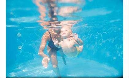 В центре занимаются лечебной гимнастикой с детьми от 2-х месяцев до 7 лет