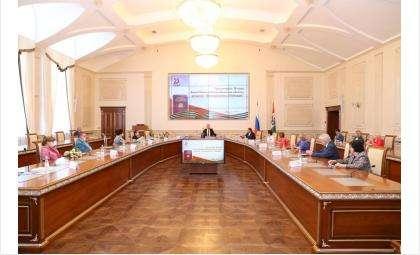 Андрей Травников и Андрей Шимкив встретились с участниками рабочей группы «Книги Памяти НСО»