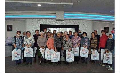 Ветераны труда и педагоги побывали в Новосибирском планетарии