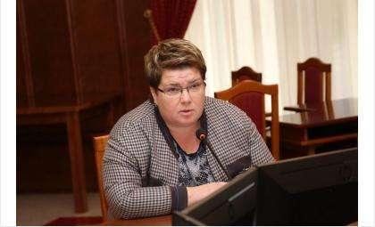 Елена Спасских, зампред комитета парламента по культуре, образованию, науке, спорту и молодежной политике