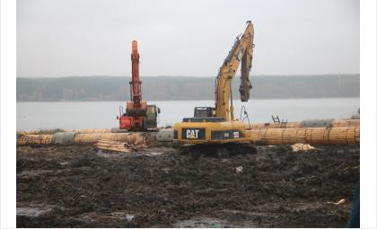450-метровые сифонные линии нового водозабора в Бердске готовят к затоплению