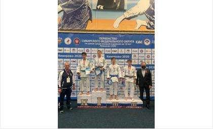 Скакунов Антип из Бердска завоевал золото Первенства СФО по дзюдо
