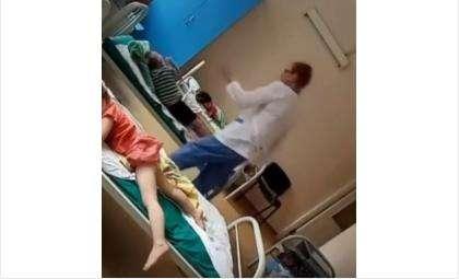 Одна из медсестёр, которая била детей
