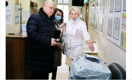 В Городскую инфекционную клиническую больницу № 1 была доставлена очередная партия кислородных концентраторов